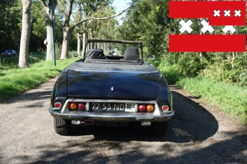 Rear low view, toch of detail: the original cabrio rear lights and fog/reverse lights!